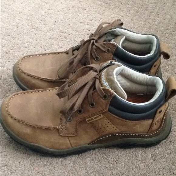 skechers relaxed fit boots